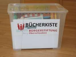 Übergabe Bücherkisten Kindergärten Berg